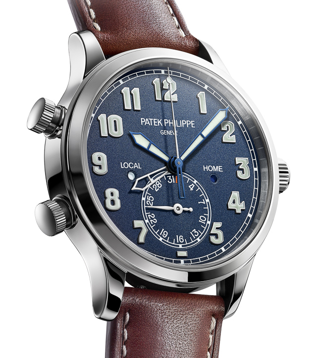 Patek-Philippe-Pilot-Travel-Time-5524G-001-watch-2