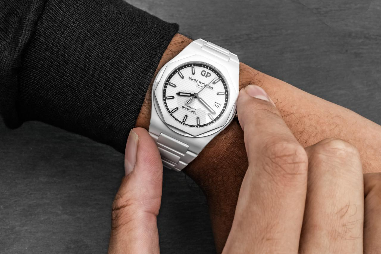 Girard-Perregaux & Bamford Debut Laureato 'Ghost' Limited fake Watches Edition In All-White Ceramic