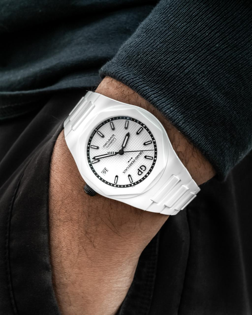 Girard-Perregaux & Bamford Debut Laureato 'Ghost' Limited Replica Watches Edition In All-White Ceramic